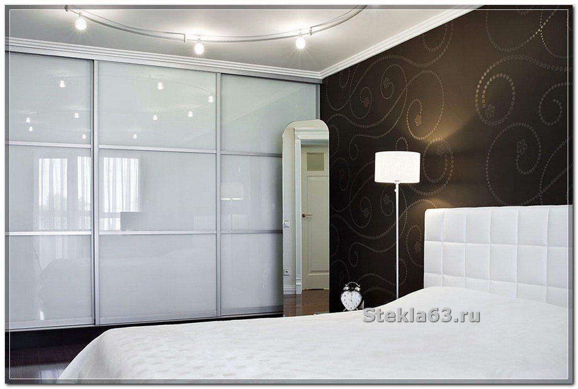 Шкафы-купе в спальню - фото 110 идей, угловые и встроенные ш.